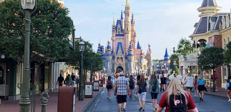 Disney's parks division swings to Q3 profit