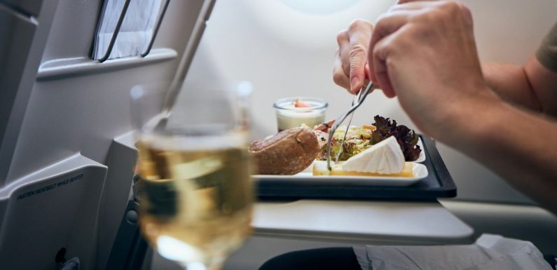 Flight attendant names worst food to bring onto planes including cooked broccoli