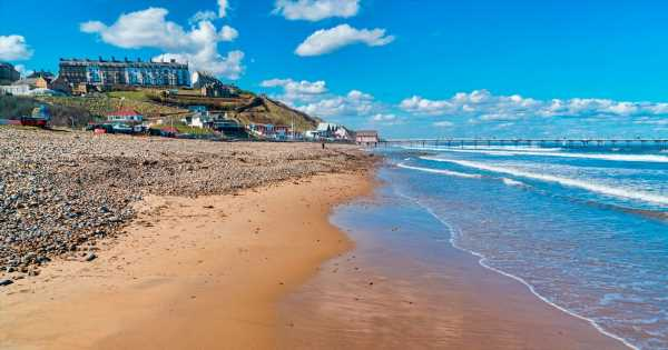 Furious tourists defend seaside town as mum says it 'makes her feel sick'