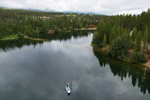 High-altitude Colorado lakes where you can stand-up paddleboard or kayak