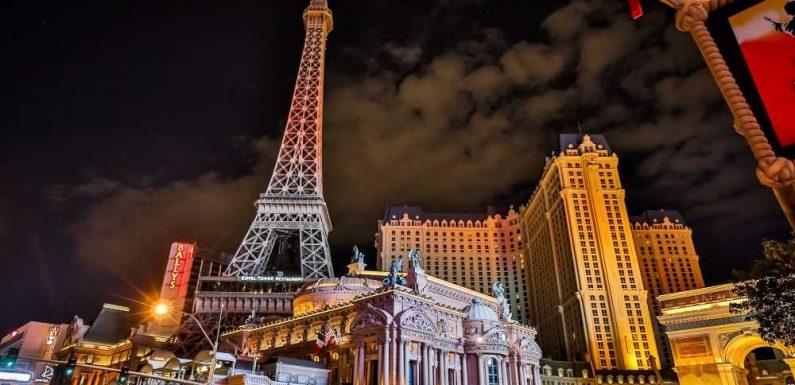 Las Vegas rebound propels Caesars to profitable quarter