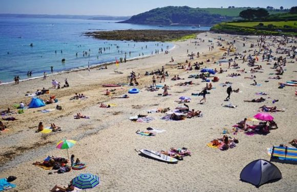 UK tourists staying put as staycations boom set to remain