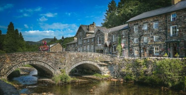 'Stunningly beautiful': 'Cutest Welsh village' named one of the prettiest in the UK
