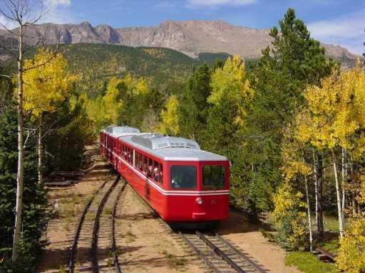 5 scenic Colorado train trips to see fall foliage