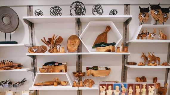 Azamara establishing destination-focused retail concept