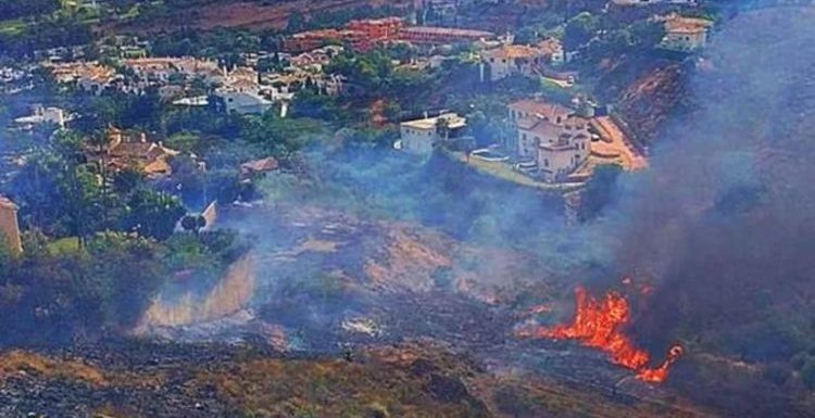 Costa del Sol tourists issued warning as forest fires rage: 'Get to safety right away'