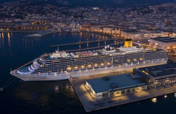 Cruise bookings decelerate but prices are holding for now