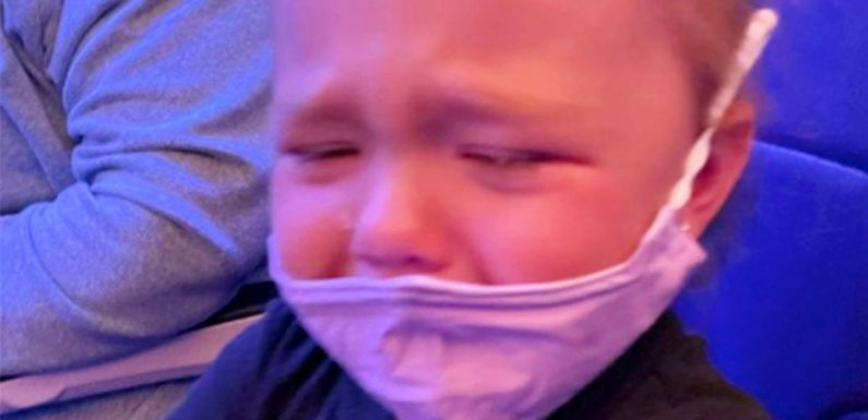 Mum says she was 'told to glue face mask to on crying toddler' during flight